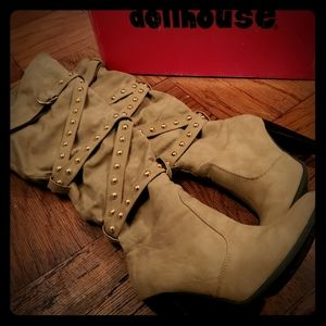 Limited Edition Beige over the knee suede boots
